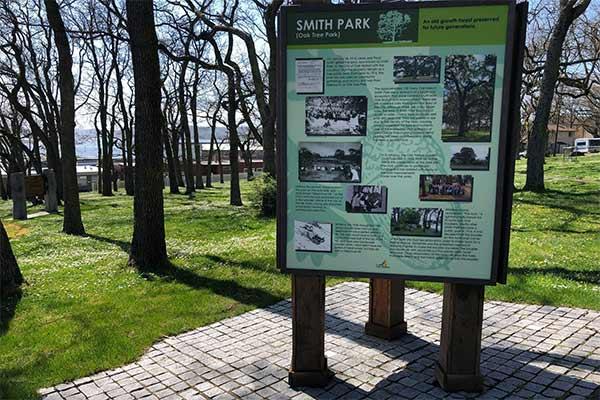 Smith Park Garry Oak Interpretive Signs