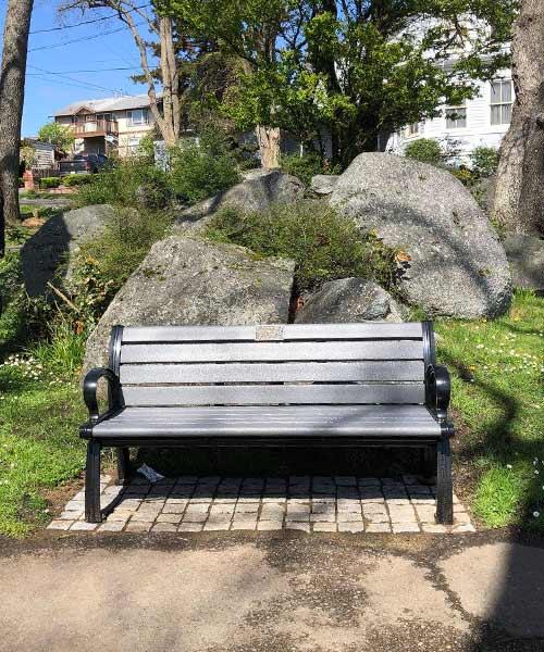 New park bench in Smith Park - Oak Harbor, WA