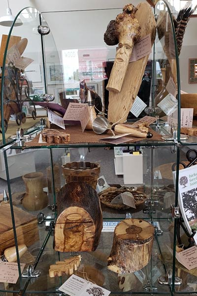 Garry Oak Carvings, Bowls, Vases and More